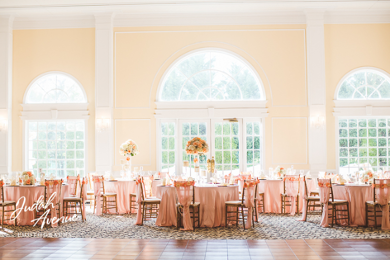 Table Settings In Pink And Gold Wedding Photographer In Washington